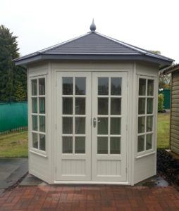 ex-display-cedar-york-summerhouse-tunstall-garden-buildings